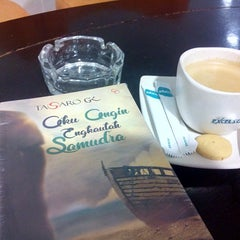 Photo taken at EXCELSO by KangDidin J. on 7/28/2014