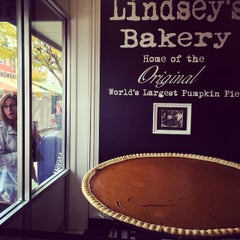 Photo taken at Lindsey's Bakery by Jarrett D. on 10/16/2014