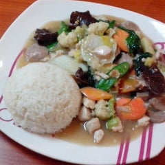 Photo taken at Solaria by Agus M. on 5/10/2014