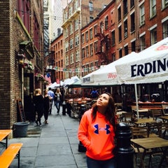 Photo taken at Stone Street by franquito L. on 6/6/2015