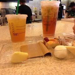 Photo taken at Starbucks by Juan N. on 9/14/2013