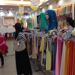 Photo taken at Butik Ariani by Adlin Z. on 9/27/2014