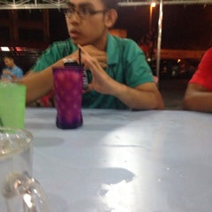Photo taken at Satay Hut by Mohamad Z. on 9/24/2015