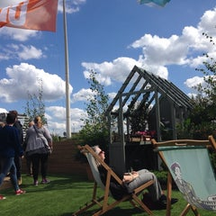 Photo taken at John Lewis Roof Garden by Mariam K. on 5/6/2014