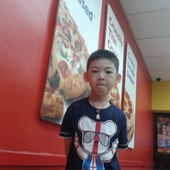 Photo taken at Domino's Pizza by Keehean E. on 10/5/2013
