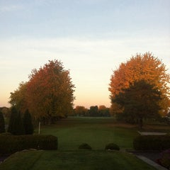Photo taken at Club de golf de Chambly by Fred B. on 10/13/2013