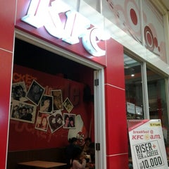Photo taken at KFC by Setiawan S. on 10/11/2013