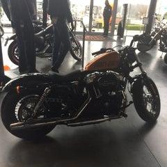 Photo taken at Harley-Davidson by Caroll C. on 3/28/2015