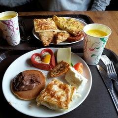 Photo taken at Çatı Cafe by Figen F. on 3/22/2014