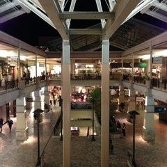 Photo taken at Ala Moana Center by Kenny M. on 10/5/2012