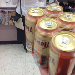 Photo taken at Walgreens by Dan I. on 9/24/2013