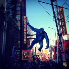 Photo taken at Universal CityWalk by Ricardo D. on 6/15/2013