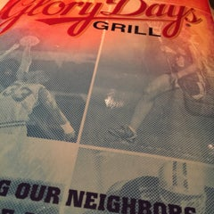 Photo taken at Glory Days Grill by Matthew Y. on 2/8/2015