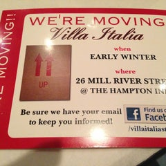 Photo taken at Villa Italia Ristorante by Libby C. on 11/14/2013