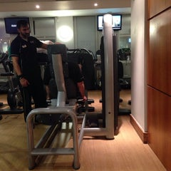 Photo taken at LA Fitness by Marilia A. on 10/14/2014
