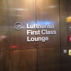 Photo taken at Lufthansa Welcome Lounge (Arrival Lounge) by Alessio D. on 3/16/2015