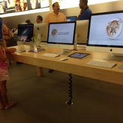 Photo taken at Apple Store, Providence Place by Steve T. on 7/20/2013