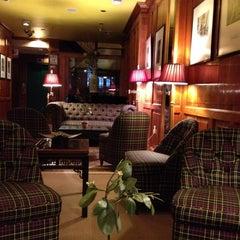 Photo taken at Mayfair Hotel by Burcak Y. on 4/4/2014