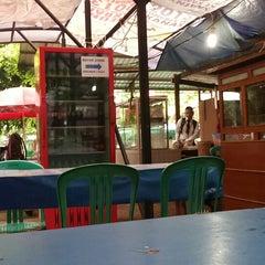 Photo taken at Plasa Mahasiswa (PLASMA) STAN by Dellyquida M. on 12/16/2013