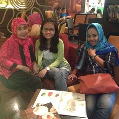 Photo taken at EXCELSO by Kumala Y. on 6/16/2014