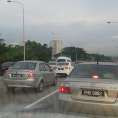 Photo taken at East-West Link Expressway by Kelvin Yap on 5/8/2014