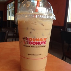 Photo taken at Dunkin Donuts by Jason S. on 2/26/2014