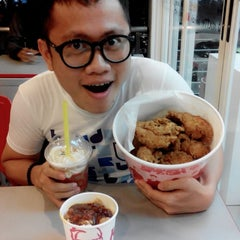 Photo taken at KFC by Badry A. on 10/2/2013