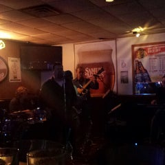 Photo taken at Bottoms Up Bar & Grill by Lilly S. on 5/17/2014