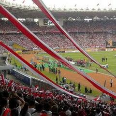 Photo taken at Stadion Utama Gelora Bung Karno (GBK) by Randall S. on 3/23/2013