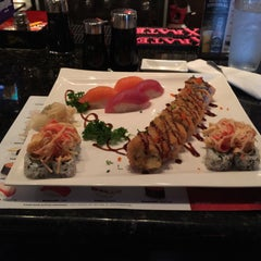 Photo taken at Okinawa- Sushi & Hibachi Steak House by MurdaRich Stunna H. on 5/23/2015