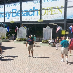 Photo taken at Delray Beach International Tennis Championships (ITC) by Eduardo C. on 2/16/2014