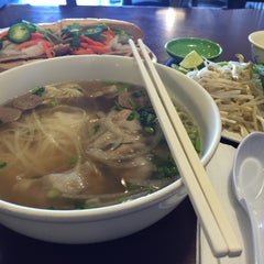 Photo taken at Xinh Xinh Cafe by Samantha L. on 1/18/2016