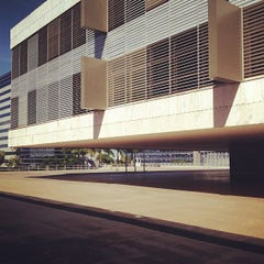 Photo taken at Tribunal Regional Federal da 1ª Região (TRF1) by Matosinhos Mateus A. on 6/11/2013