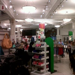 Photo taken at Falabella by Jorge R. on 9/22/2012