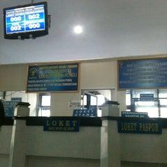 Photo taken at Kantor Imigrasi Kelas I Manado by Pingkan P. on 3/15/2013