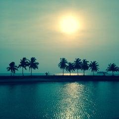 Photo taken at Port Dickson Beach by 👍 Стас Ю. on 11/10/2014