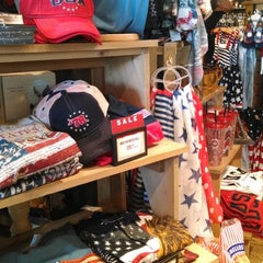 Photo taken at Cracker Barrel Old Country Store by Leisha R. on 5/11/2014