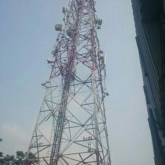 Photo taken at Smart Telecom BSD by Mulyadin Wenggo on 9/17/2015