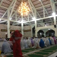 Photo taken at Masjid Agung Sudirman by Rahayu P. on 9/15/2014