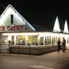 Photo taken at Ted Drewes Frozen Custard by Glenn L. on 4/21/2013