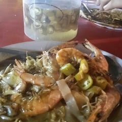 Photo taken at Matary Alma Char Koay Teow by NuRuL a. on 9/30/2015