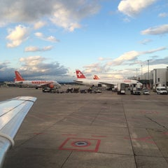 Photo taken at Gate A5 by Dimovey on 8/15/2014