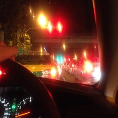 Photo taken at แยกรัชโยธิน (Ratchayothin Intersection) by ChanYa on 9/27/2013
