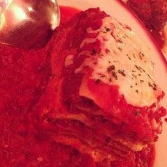 Photo taken at Buca di Beppo Italian Restaurant by Derek M. on 12/8/2012