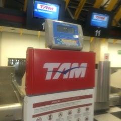Foto tirada no(a) Check-in TAM por Jairo S. em 11/12/2015