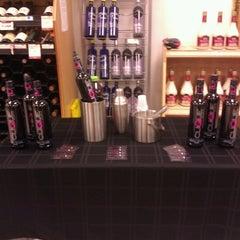 Photo taken at PA Wine & Spirits by Damaris S. on 12/7/2012