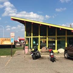 Photo taken at Pineda Tacos #3 by Matt V. on 9/27/2014