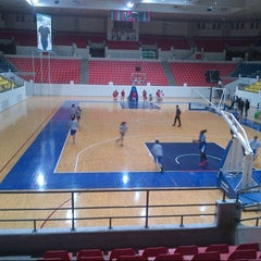 Photo taken at Sports City المدينة الرياضية by ziad l. on 11/24/2012