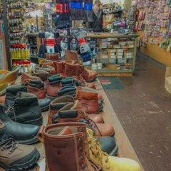 Photo taken at Marelli Bros. Shoe Repair by Hakhamanesh M. on 4/19/2014