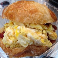Photo taken at Fireman Derek's World Famous Pies by Burger B. on 7/1/2015